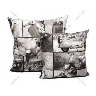 Μαξιλάρι καναπέ διακοσμητικό με απεικόνιση παλιές βέσπες