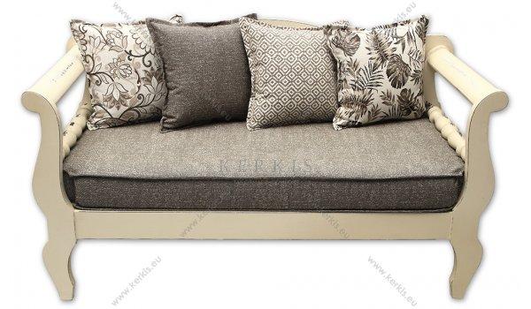 Μαξιλάρια καναπέ με υφάσματα κατάλληλα μόνο για εσωτερικούς χώρους