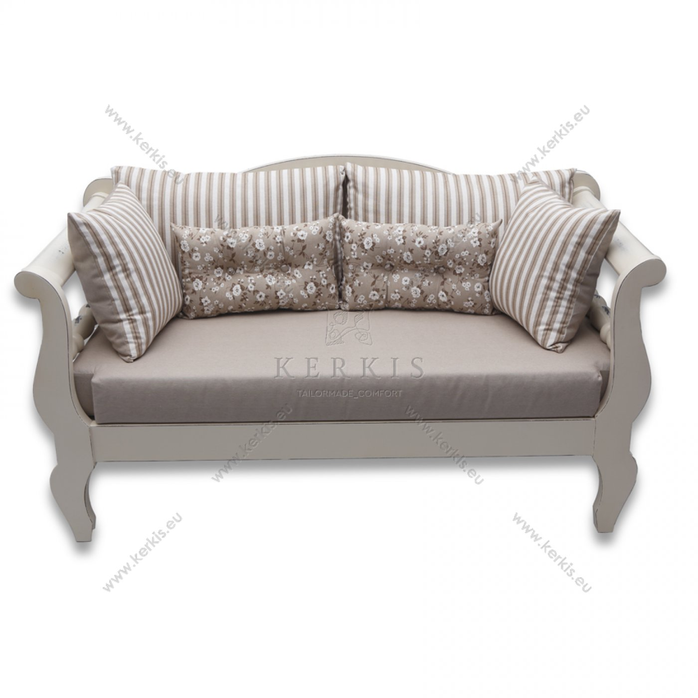 Μαξιλάρια για ξύλινους καναπέδες και διακοσμητικά μαξιλάρια