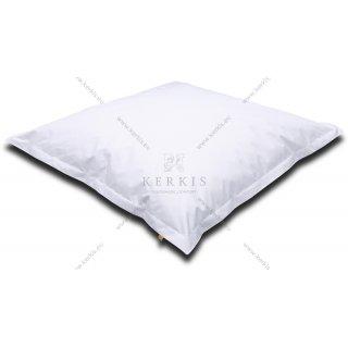Μαξιλάρα - πουφ πισίνας μεγάλων διαστάσεων σε λευκό χρώμα με διαστάσεις 1,50 Χ 1,50